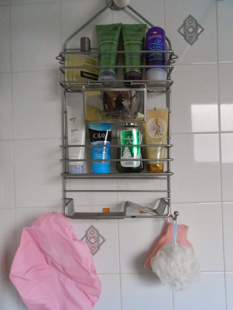 What's In My Shower: January 2014